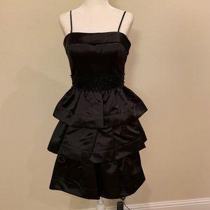 NWOT BCBG Black Cocktail Dress Sz 2
